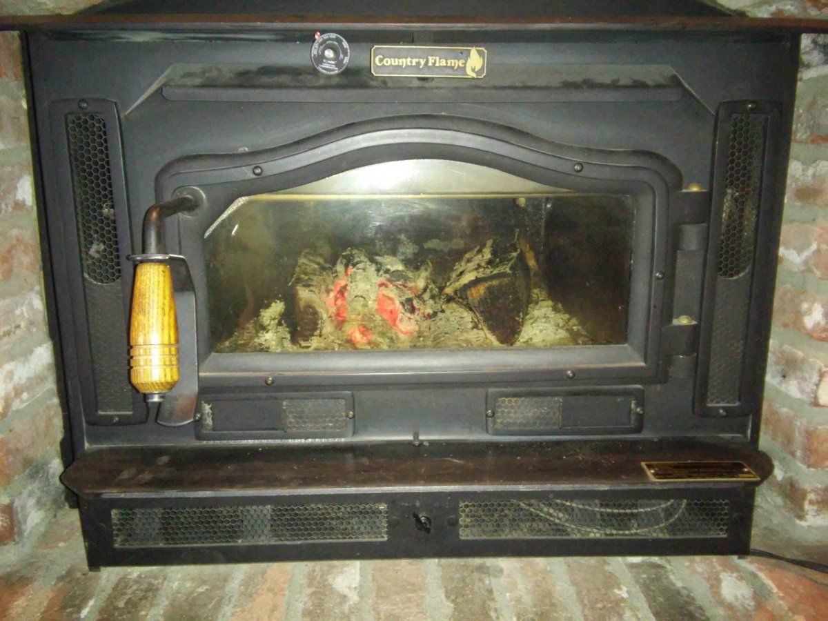 Country flame wood stove insert - 20161204_134923 Jpg