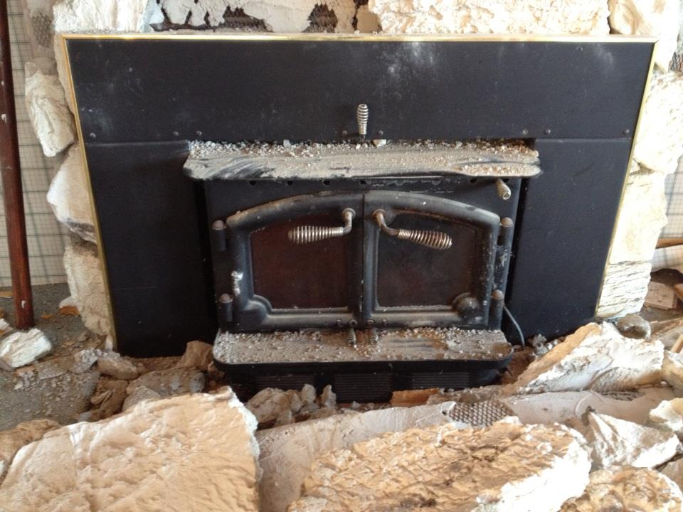 can anyone tell me what model lopi fireplace insert this is.My sister in law is removing it from a summer cottage they bought and wants me to try and...