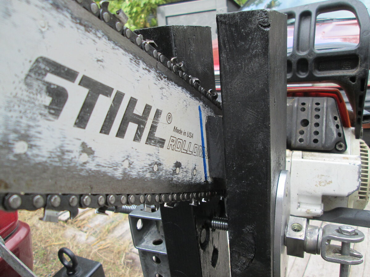ChainsawVise35f.JPG