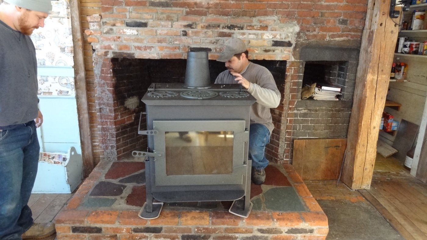 Yup, it is a top vent. But they did that on purpose, for easier shipping  (big whew!) - Beta Testing Woodstock's Ideal Steel Hybrid Hearth.com Forums Home