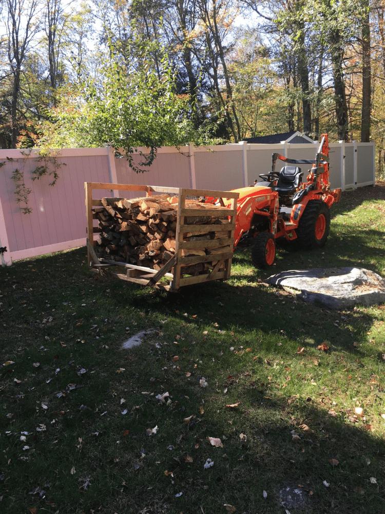 Firewood box.png