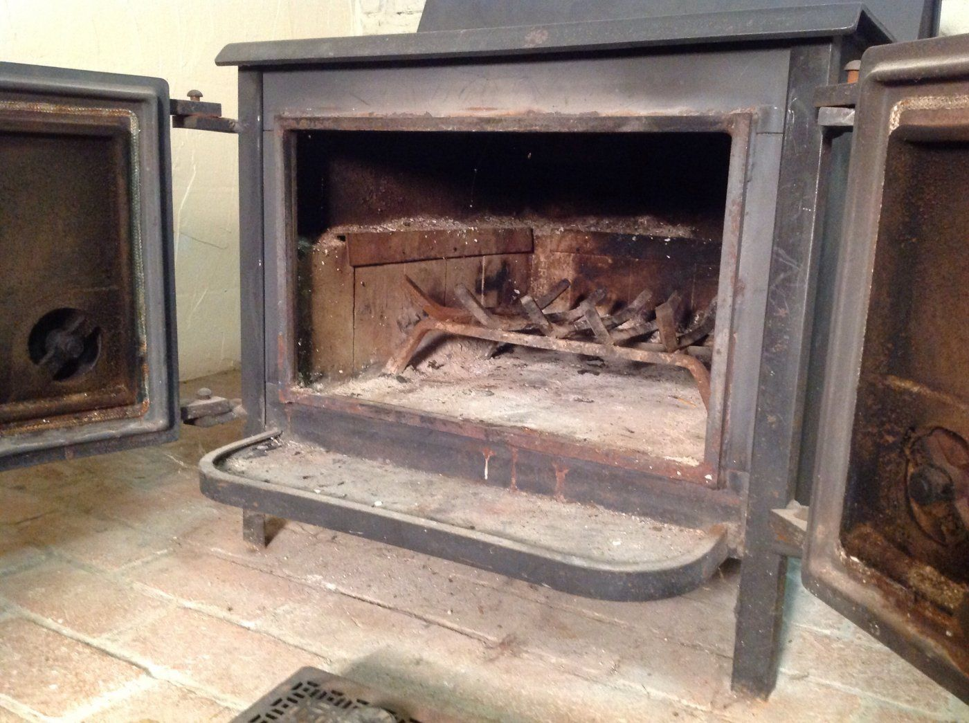 Can You Identify My Stove Old Mill Hearth Com Forums Home