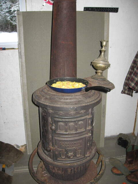 Round Oak Stove Circa 1903 Earning It S Keep Hearth