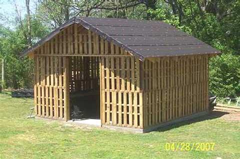 pallet-shed-wood1.jpg