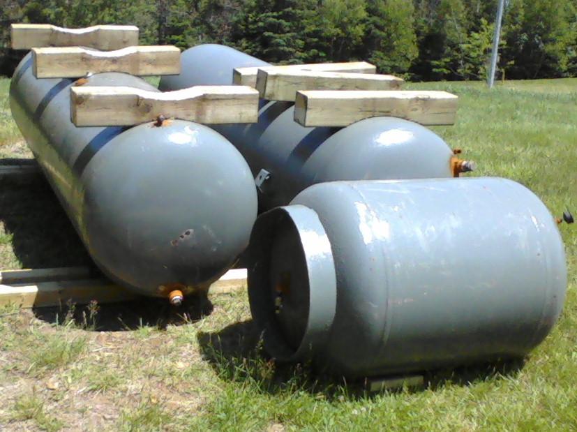 TanksWaiting_zps26bcdb9f.jpg